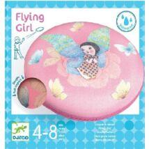 Flying girl frizbi